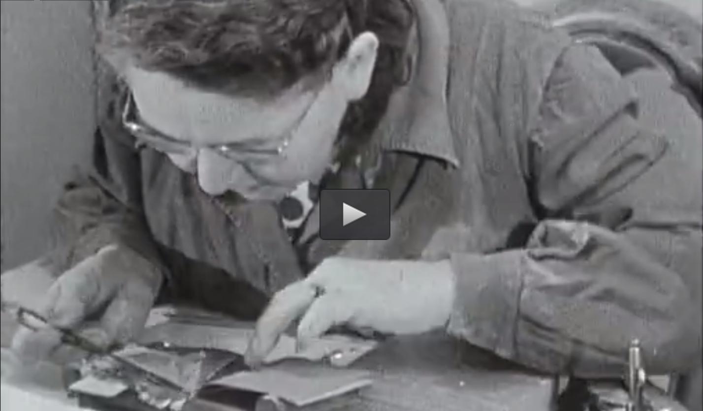 Fabrication des feuilles d'or à Paris (1969)